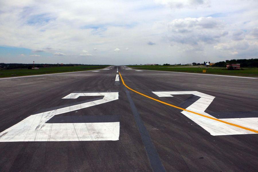 нанесение дорожной разметки аэродромов
