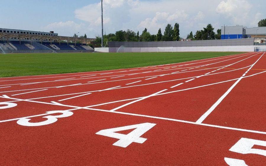 нанесение дорожной разметки спортивных объектов